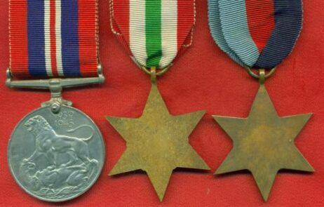 1939-45 Star, unnamed as issued. 4470472 Private E. W. Meek, Durham Light Infantry